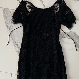 Women's Black Lacey Dress